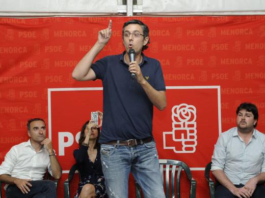 El PSOE pide el voto para echar al PP