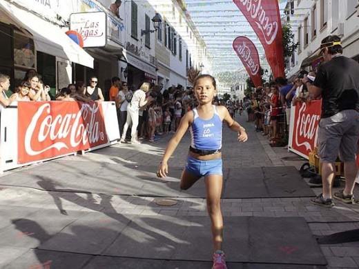 (Fotos) A la carrera en Es Mercadal