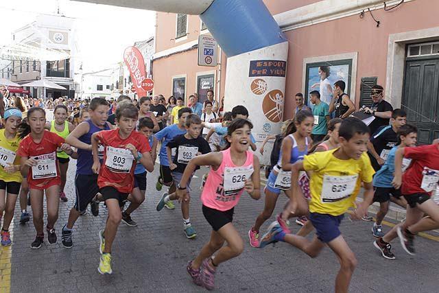Salida de una de las carreras de las categorías menores (Fotos: deportesmenorca.com)