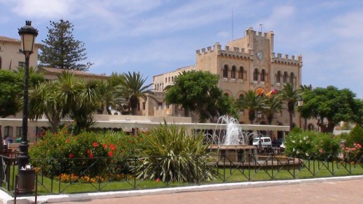 El conductor fue detenido en la plaça des Born de Ciutadella.