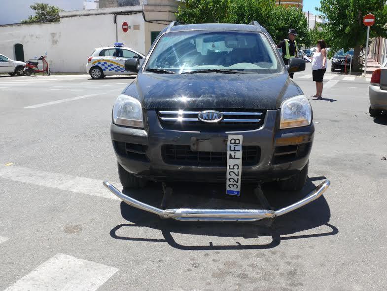 Imagen de uno de los coches tras sufrir el accidente.