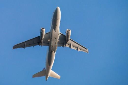 Aumentan  los enlaces aéreos entre Cantabria y Balears