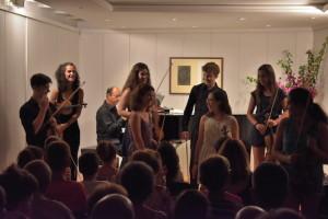 Complicidad evidente entre los jóvenes baleares y madrileños asistentes al curso.