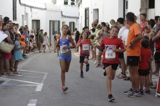 Momento de una de las carreras de las categorías menores (Fotos: deportesmenorca.com)