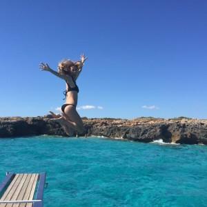 Vanesa Lorenzo también disfruta del mar.