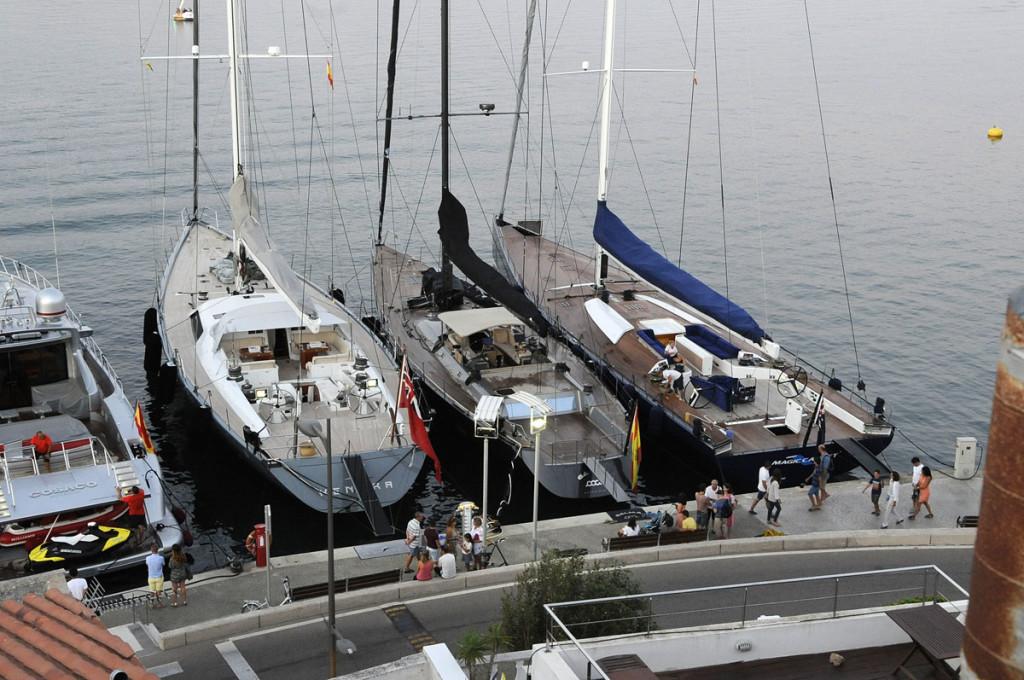 Kenora, Magic Carpet y Galma atracados juntos en el puerto de Maó.