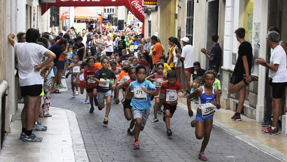 Salida de una de las competiciones menores (Fotos: Tolo Mercadal)