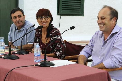 Helena Maleno junto a Florencio Conde y Xisco Ametller.