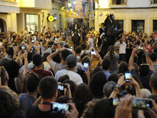 (Fotos) La fiesta se desboca en Alaior