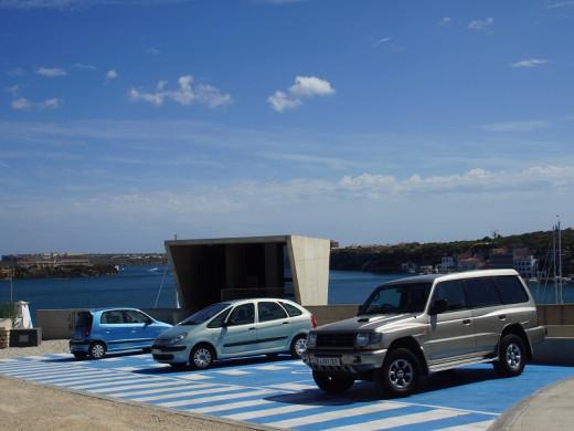 Maó finaliza el nuevo aparcamiento para discapacitados del Paseo Marítimo