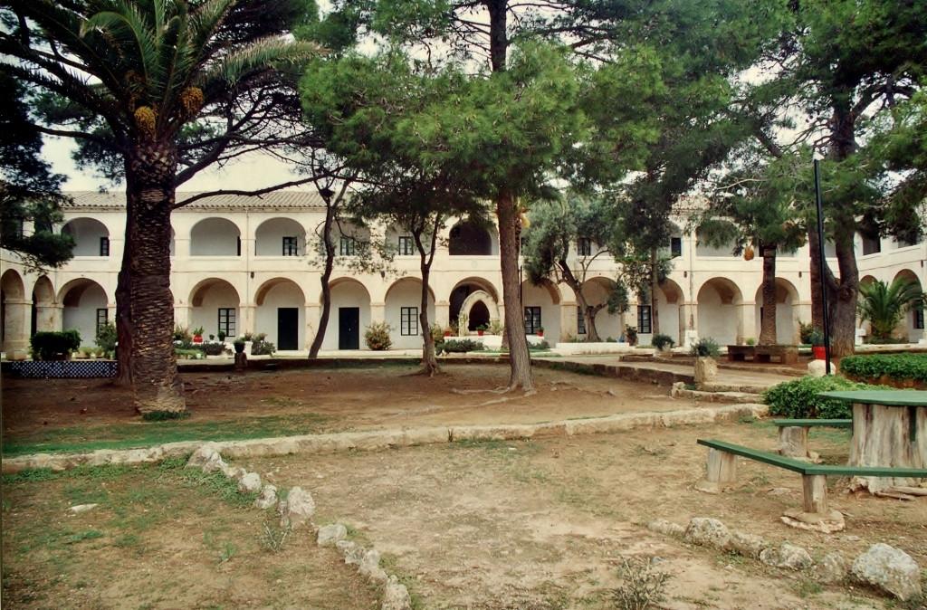El Lazareto acogerá un año más la Escola de Salut Pública