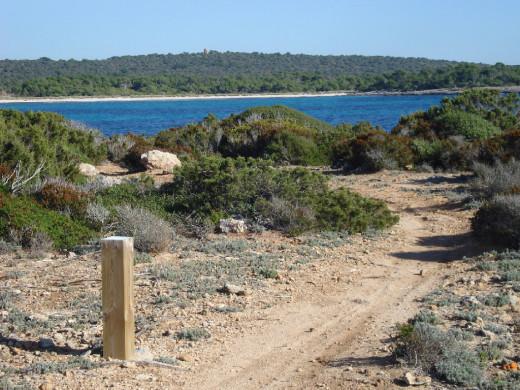 El Camí de Cavalls recorre el litoral de Menorca