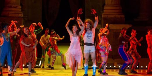"""""""Hércules, el musical"""" llenará de color y música  el Principal de Maó."""