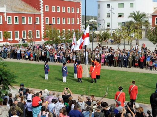 (Fotos y vídeos) Jura de bandera multitudinaria