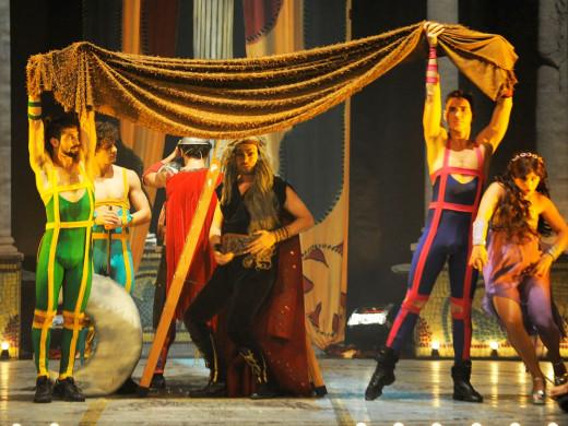 (Fotos) Hércules lleva música y felicidad al Teatro Principal