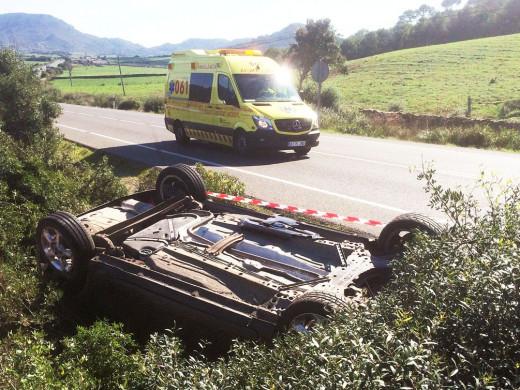 (Fotos) Aparatoso accidente en la carretera general