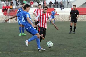 Izan, durante el partido.