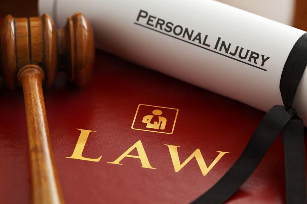 lawyers-1000803_1920