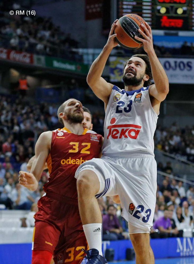 Penetración de Llull ante el Galatasaray (Foto: realmadrid.com)