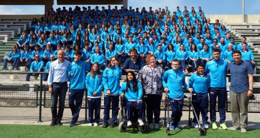 Técnicos, deportistas y autoridades del CTEIB, en una foto de familia.