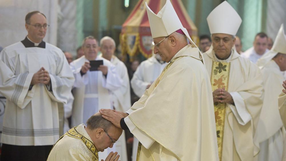 Obispo.