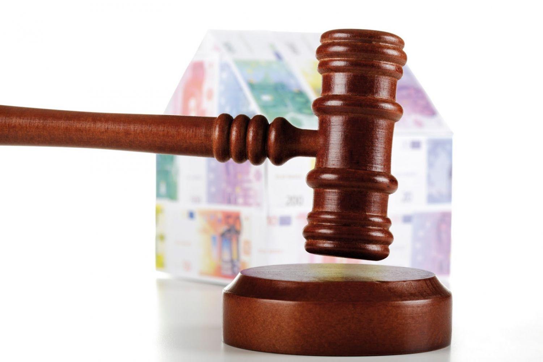 Primera sentencia de nulidad de una cl usula suelo en for Sentencia devolucion clausula suelo