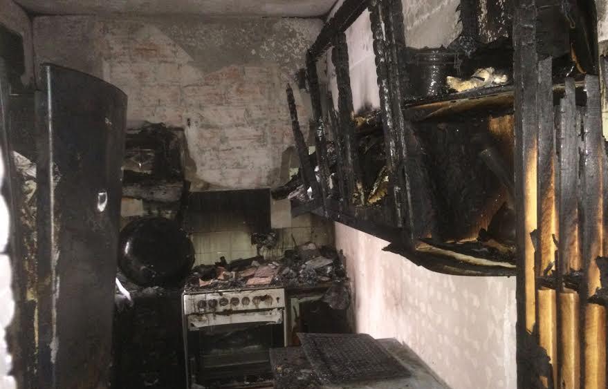 Más imágenes del estado de la cocina.