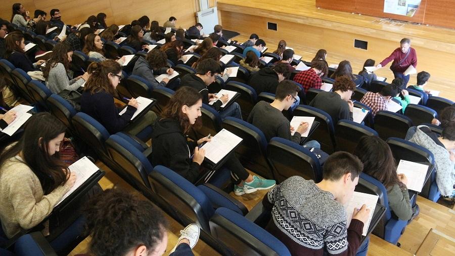 Participantes de una de las ediciones anteriores. (Foto: UIB)
