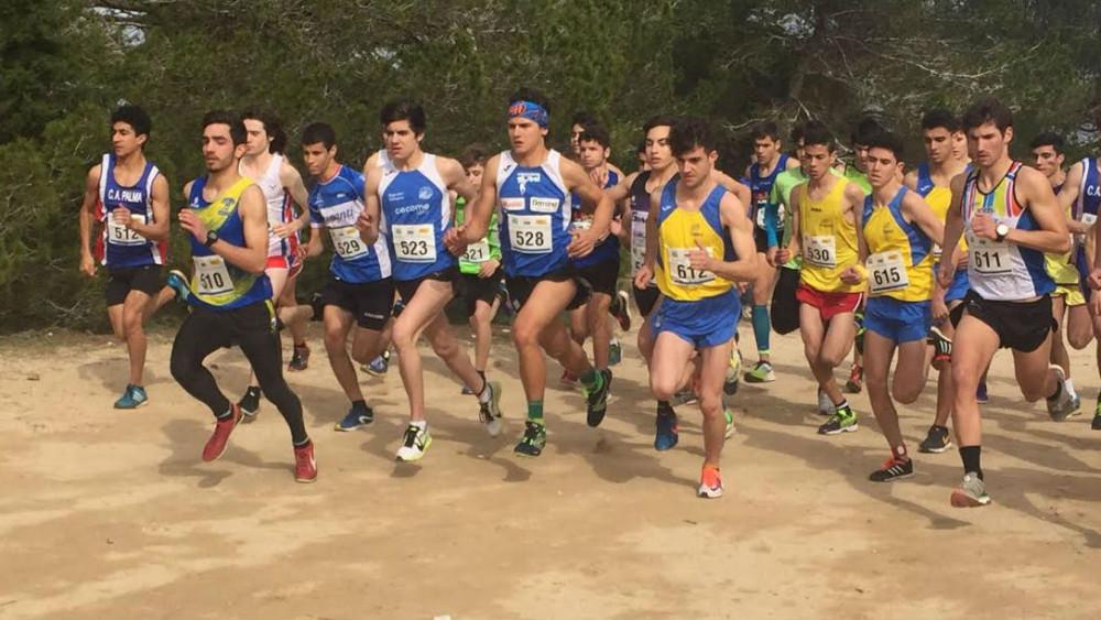 Salida de la competición junior, que ganó Sergi Reurer (Fotos: Andrés Pulido)