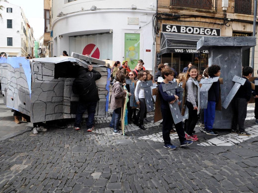 (Galería de fotos) El carnaval se estrena con la rúa infantil