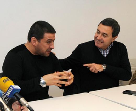 Dos alcaldes.