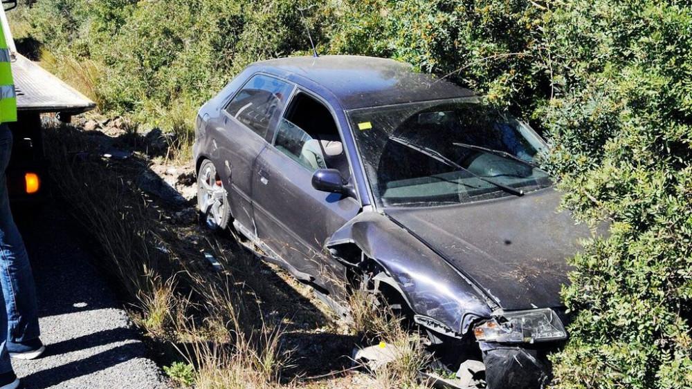 Imagen de cómo ha quedado uno de los vehículos (Fotos: Tolo Mercadal)