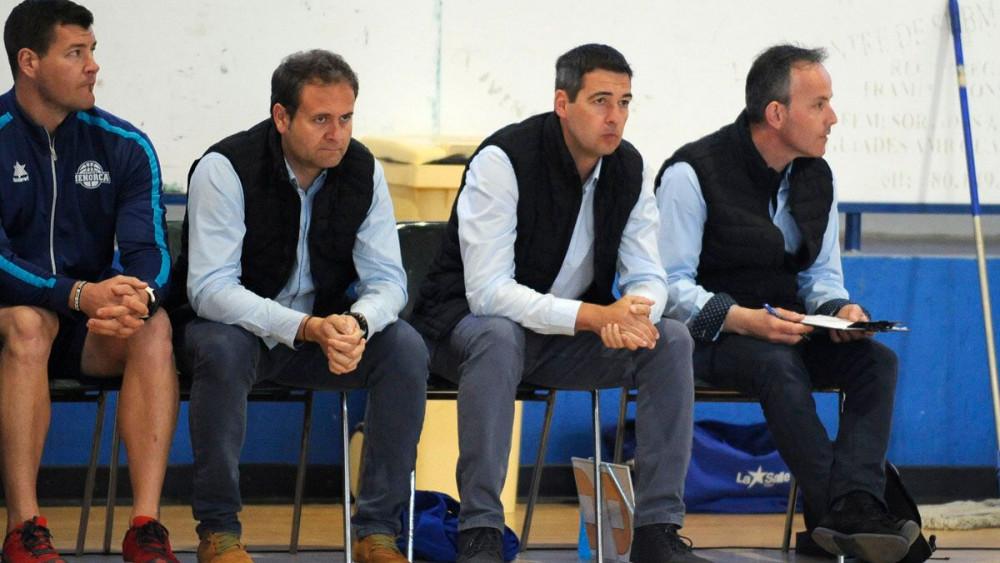 Debut como local del técnico Miguel Angel Hoyo.