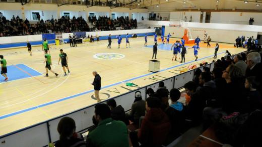 Imagen del partido disputado el año pasado ante el Salt (Foto: Tolo Mercadal)