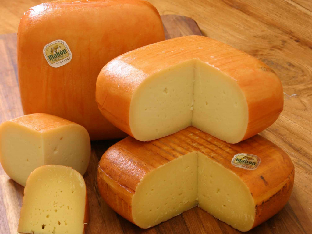 Mucho queso.