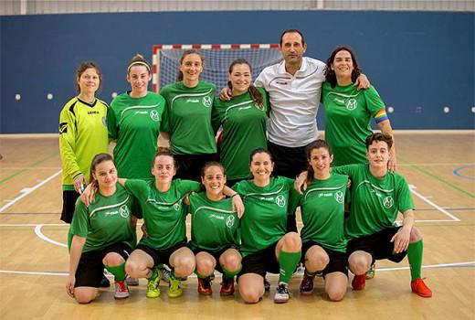 Formación del Atlético Mercadal femenino (Foto: Karlos Hurtado)