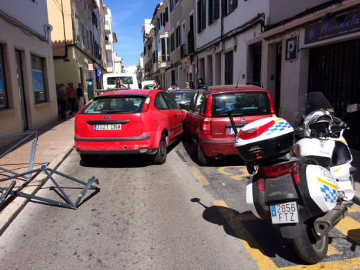 (Fotos) Doble accidente en sa Rovellada de Dalt en Maó