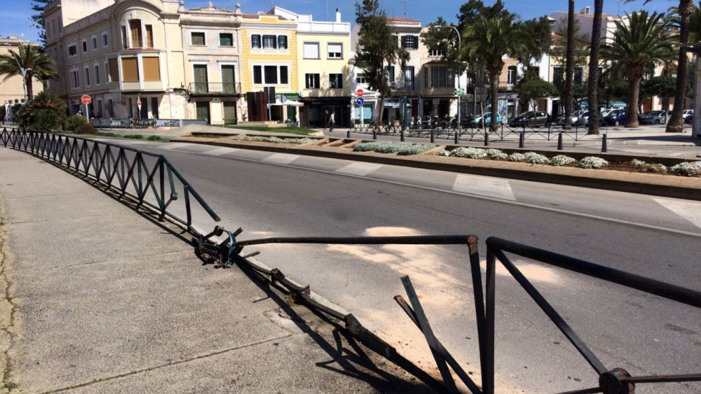 La valla de s'Esplanada se había reparado hace unos días.