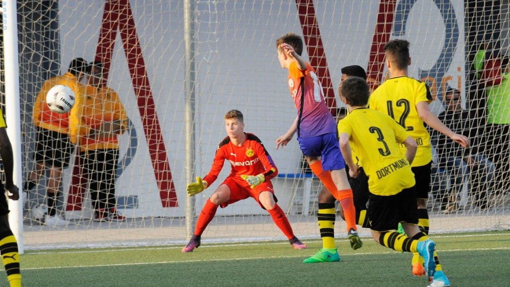 Las semifinales U15 se han jugado en Bintaufa.