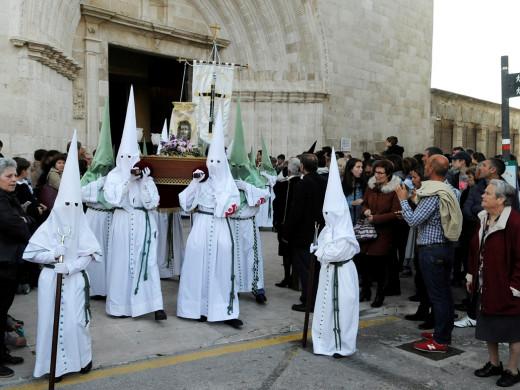 Las procesiones del Via Cruces encienden la pasión de la Semana Santa