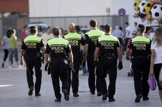Imagen de un grupo de policías locales.