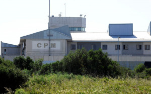 El cierre de tres departamentos dificultaría los permisos de fin de semana para los internos menorquines.