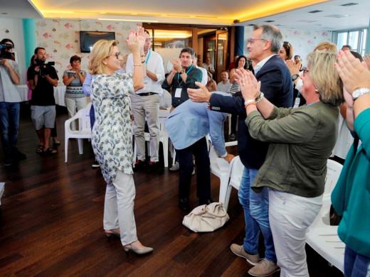 (Galería de fotos) El PP oficializa la elección de Misericordia Sugrañes como nueva presidenta insular