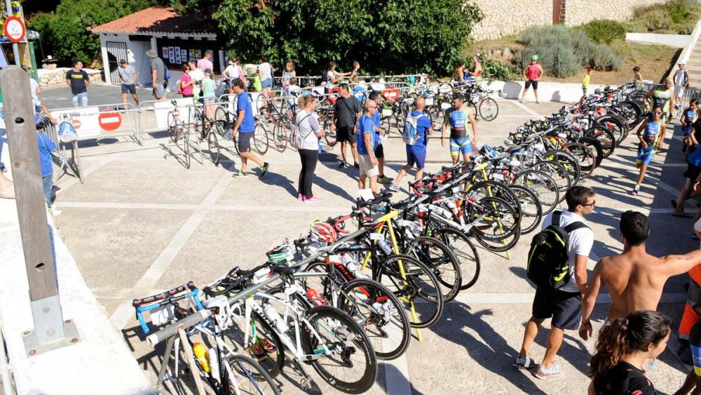 Bicicletas preparadas para la primera transición.