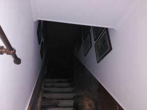 Parte interior de la vivienda afectada por las llamas.