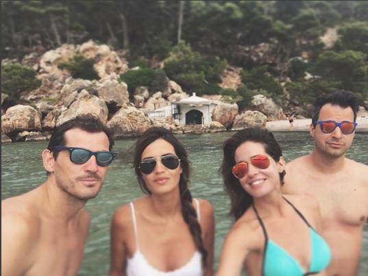 Imagen de las parejas en Menorca