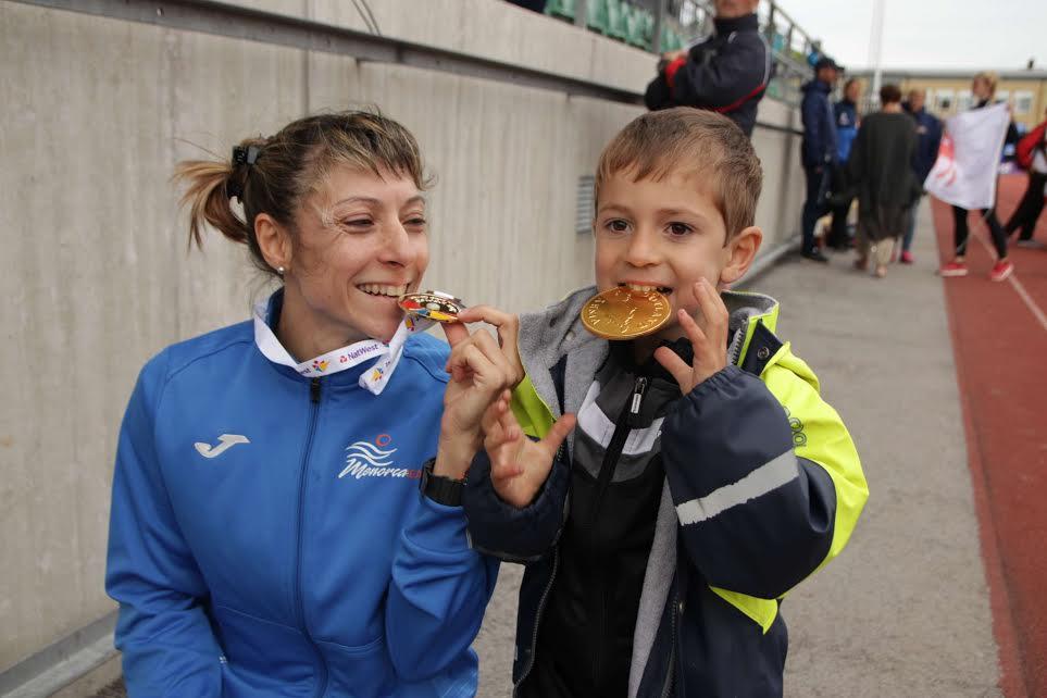Lita López, tras lograr la medalla de oro.