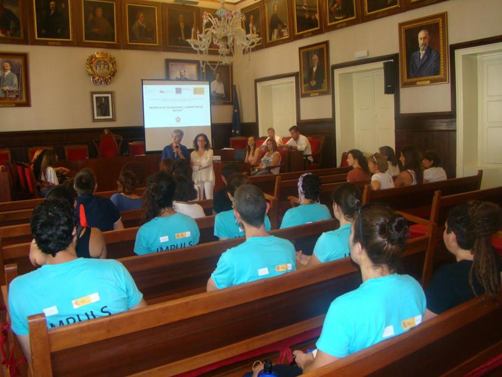 Momento del acto en el Ayuntamiento de Maó