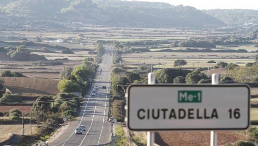 Carretera Me-1 en su tramo entre Ferreries y Ciutadella