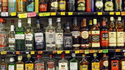El consumo de alcohol es uno de los principales problemas del turismo en Baleares